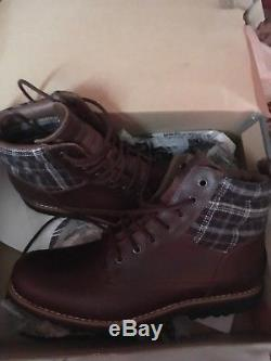 Mens timberland boots size 9