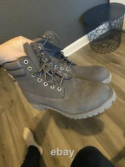 Mens timberland boots size 9 Grey
